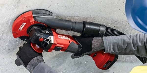 Compact and balanced design with the AG 4S-A22 cordless angle grinder